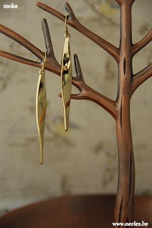 Lange gouden hangers